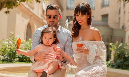 Gia đình Hà Anh xúng xính đi ăn trưa tại khách sạn nổi tiếng bậc nhất Paris