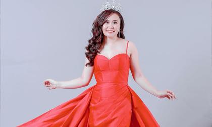 Diễn viên - doanh nhân Phan Kim Oanh xuất thần trong hình ảnh mới gợi cảm