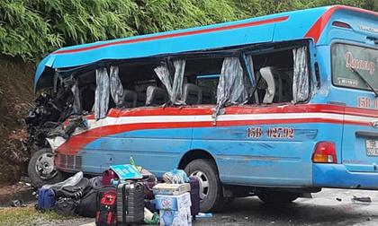 Xe khách đâm xe tải ở Tuyên Quang, 2 cô giáo thiệt mạng