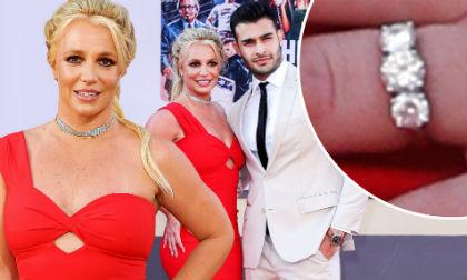 """Đeo nhẫn kim cương khủng, """"Công chúa nhạc pop"""" Britney Spears bị nghi ngờ đã đính hôn"""
