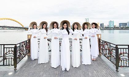 Trong tà áo dài, dàn thí sinh Miss World Việt Nam khoe khéo body chuẩn từng centimet