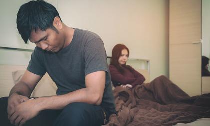 Bàn với vợ việc sinh con sau 5 năm kết hôn, cô ấy đưa ra một tờ giấy, đọc xong, tôi cười nhạt bảo: 'Thôi, không đẻ nữa!'