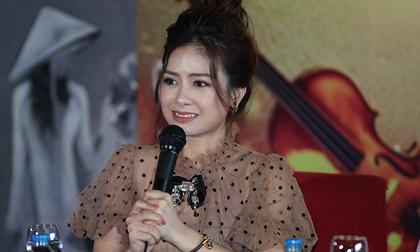 Dương Hoàng Yến nói gì về việc kết hôn với bạn trai lâu năm?