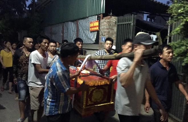 Dân làng Bồng Lai ám ảnh trước cái vẫy tay chào bà con lần cuối của kẻ gây thảm sát cả nhà em ruột - Ảnh 6.