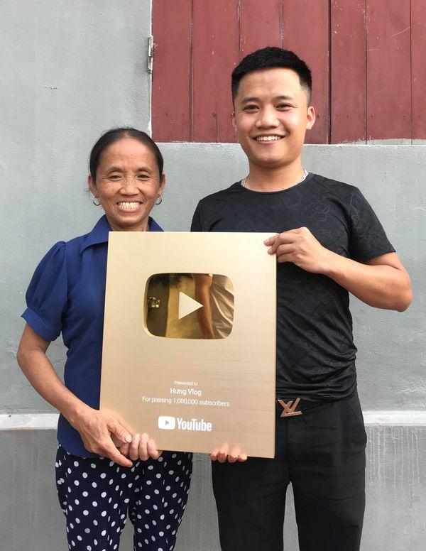 Bà Tân Vlog có thể kiếm 400 triệu/tháng, hai con trai cũng là Youtuber thì sao? - 3