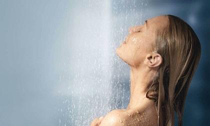 3 điều bạn tuyệt đối không nên làm trước khi tắm