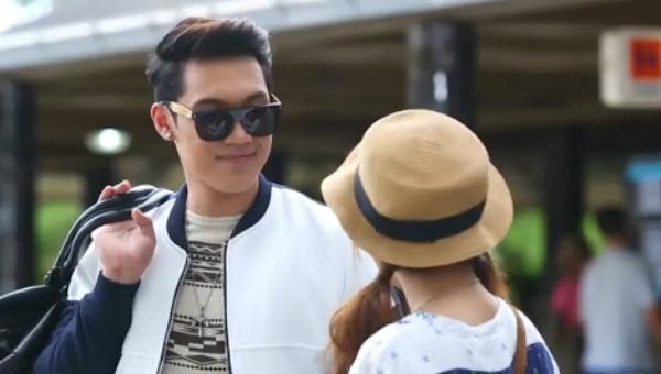 Chồng đi du hí Thái Lan với bồ, khi về thì run không bước nổi vì thấy mặt mình dán tràn lan như tội phạm truy nã