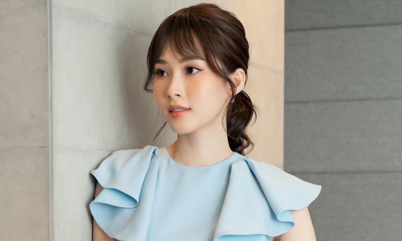 Chỉ đổi kiểu mái, Hoa hậu Đặng Thu Thảo đẹp khó cưỡng tại sự kiện