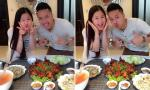 Hương Tràm nhí nhảnh khi được Cao Thái Sơn mời ăn cơm