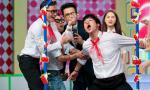 Dàn sao Việt 'cưa sừng làm nghé' thành học sinh tiểu học