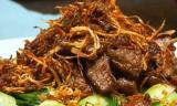 Trổ tài vào bếp với món thịt bò xào gừng ngon ngất ngây