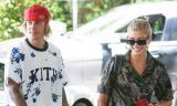 Bị hỏi chuyện vợ sắp cưới có bầu hay không, Justin Bieber ngay lập tức nổi khùng