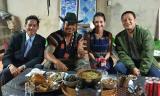 Về Việt Nam trong thời gian ngắn, Kim Hiền đã kịp cùng chồng đi du lịch Đà Lạt