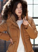 Kim Ha Neul ấm áp và sành điệu ngày đông