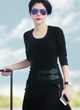 'Búp bê' Thanh Thảo xinh đẹp, cá tính ở phi trường