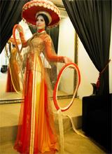 Bắt lỗi trang phục hoa hậu Việt trên đấu trường quốc tế