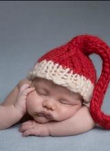 Xúc động với bộ ảnh bé sơ sinh đón Noel tuyệt đẹp