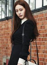 Han Ye Seul tỏa sáng trên tạp chí Marie Claire