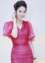Phạm Hương khoe nhan sắc quyến rũ khó rời mắt