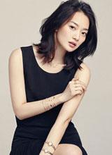 Shin Min Ah nổi bật với vẻ đẹp tinh tế và duyên dáng