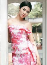 Hoa hậu Ngọc Hân khoe dáng yêu kiều trong bộ ảnh mới