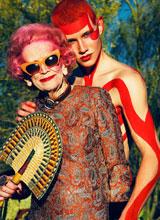 Cụ bà 90 tuổi 'gây sốt' với phong cách thời trang sành điệu