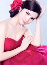 Miss thân thiện Hoàng Linh Nhung đẹp 'hút hồn' trong bộ ảnh mới