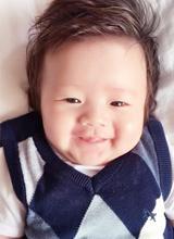 Con trai Elly Trần đáng yêu trong những ngày đầu năm mới