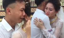 Nam thanh niên khóc nức nở trong ngày chị gái đi lấy chồng khiến dân mạng xúc động