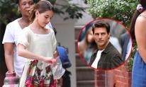 Công chúa điệu đà một thời Suri Cruise xuất hiện đầy giản dị trên phố sau khi được xác nhận đúng chuẩn con gái bố Tom