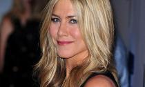 Video làm đẹp: Luôn rạng rỡ như Jennifer Aniston