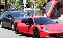 Justin Bieber va chạm xe hơi vì bị paparazzi truy đuổi