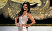 Hoa hậu đầu tiên công khai đồng tính