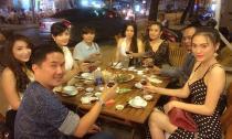 Bầu Hoà và Triệu Thị Hà tiễn Cao Thuỳ Linh dự thi Miss Grand International 2014