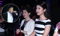 Bạn gái 8x đưa mẹ đi cổ vũ Trương Thế Vinh