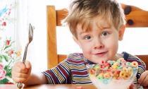 Thực phẩm kìm hãm sự phát triển chiều cao của trẻ
