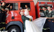 Mê mẩn với bộ ảnh cưới của chàng lính cứu hỏa