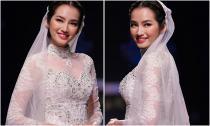 'Cô dâu' Trúc Diễm xinh đẹp làm vedette trong BST áo dài Minh Châu