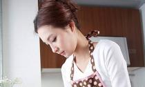 Giá mà chồng biết rửa bát giúp vợ