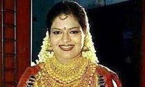 Cô dâu đeo kín vàng trị giá hơn 13 tỷ đồng trong lễ cưới