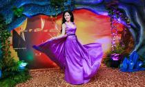 Hoa hậu Huỳnh Thuý Anh nổi bật quyến rũ đêm hội 'Doanh nhân dạ vũ '