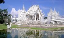 Những ngôi chùa long lanh giữa lòng Đông Nam Á