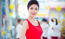 Ngọc Hân đẹp 'ngẩn ngơ' với tone đỏ