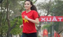 Hoa hậu Kỳ Duyên chạy bộ vì 'sức khỏe toàn dân'