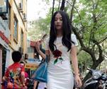 Linh Miu bị tố mặc váy nhái?