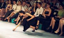 Những hành động nhỏ, ghi điểm lớn của sao Việt
