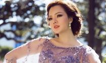 Á hậu Ruby Anh Phạm đẹp từng centimet với đầm ren