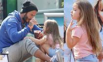 Harper được bố Becks bón kem cực yêu
