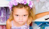 Những dấu hiệu nhận biết con bạn là đứa trẻ hư