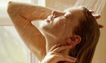 Vì sao mùa hè tắm nước lạnh là tốt nhất cho cơ thể?